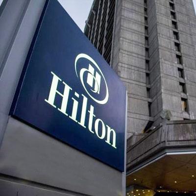 HILTON-min